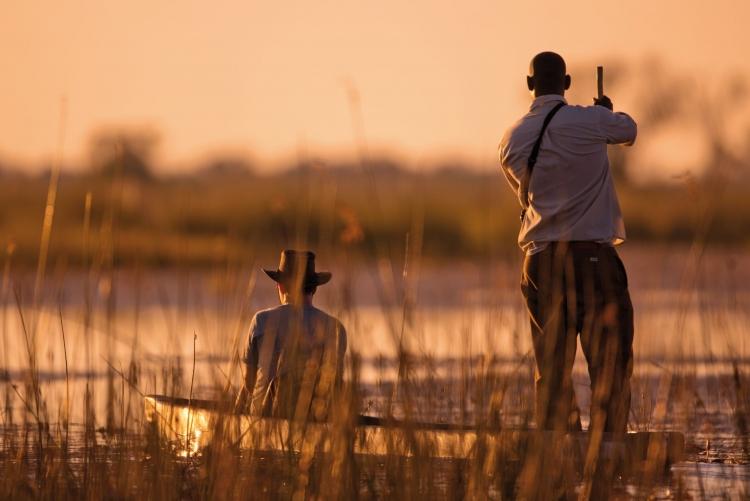 Safari en mokoro au delta de l'Okavango