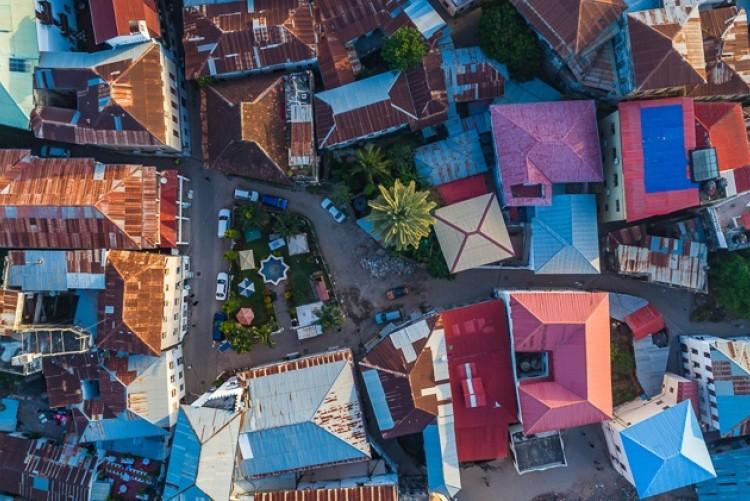 Vue aérienne de Stone Town à Zanzibar - Voyage sur mesure Tanzanie