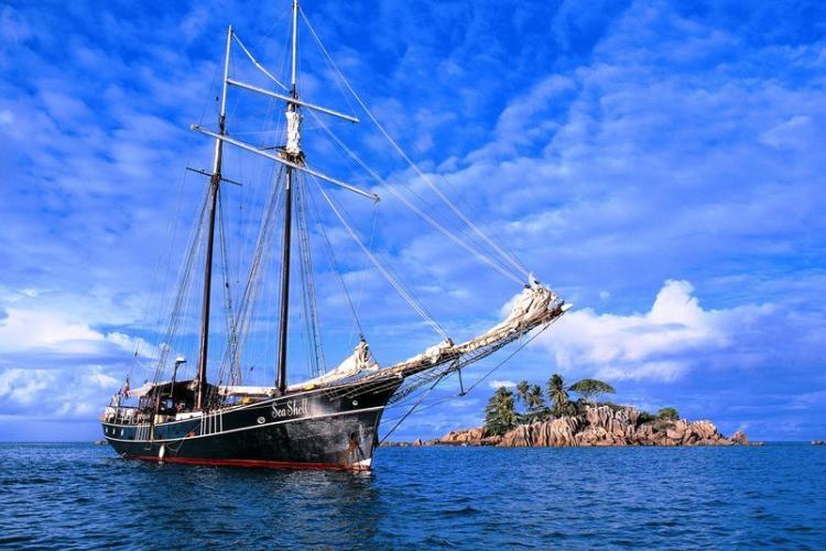 Croisière aux Seychelles, le bateau Sea Shell à Saint Pierre