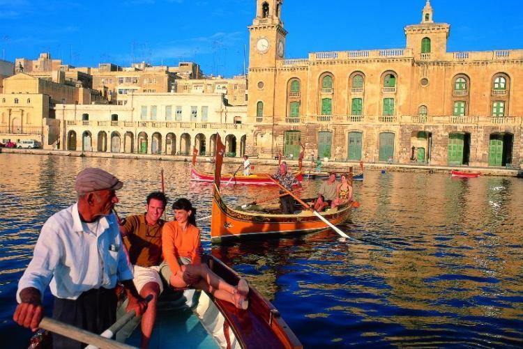 Visite de la Valette en bateau traditionnel en voyage à Malte