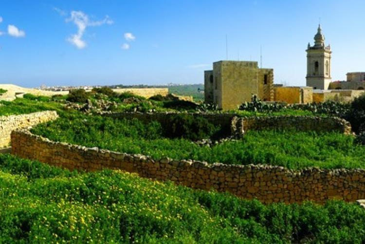 La capitale de Gozo, Rabat, dans l'archipel de Malte
