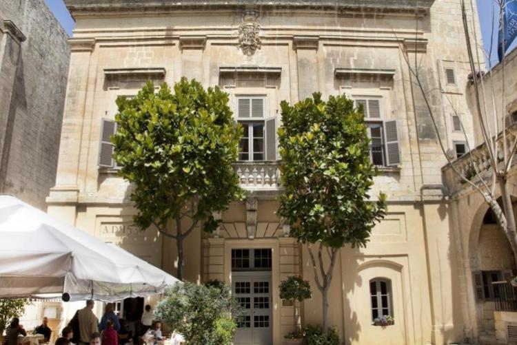 L'hôtel Xara Palace dans la cité médiévale de Mdina à Malte