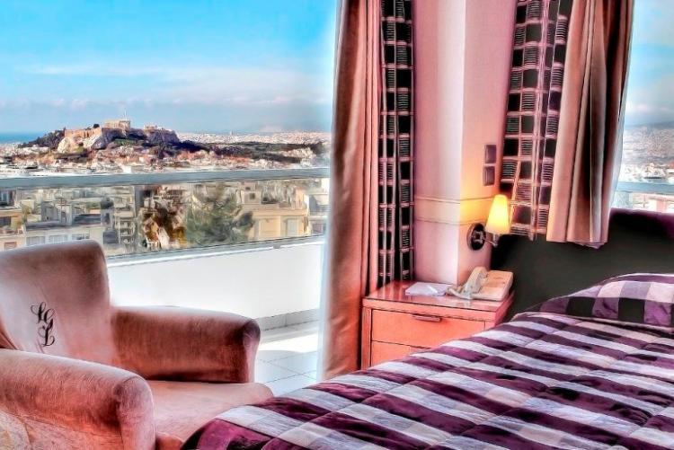 La vue depuis le St Georges Lycabettus en séjour à Athènes