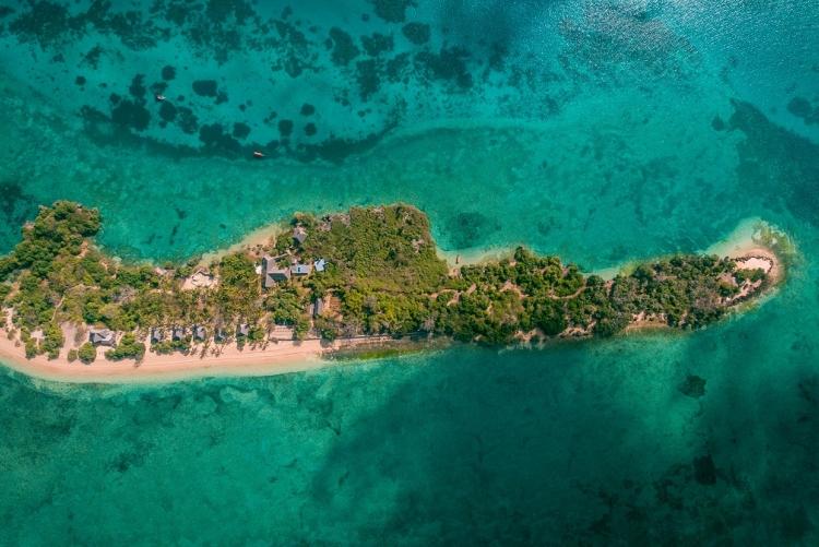 Voyage au large de Zanzibar sur la petite île de Chapwani