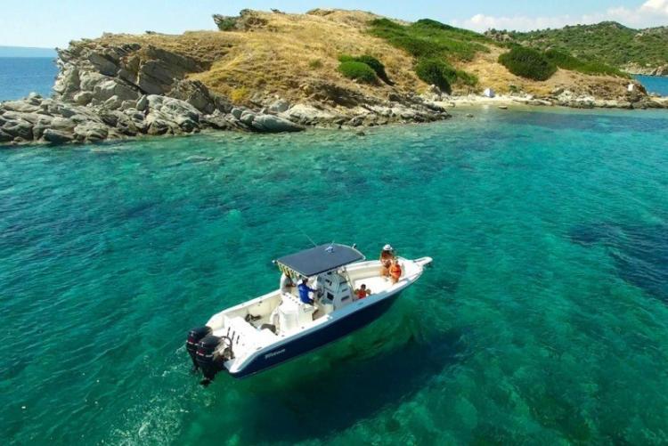 Sortie en bateau à l'Eagles Resort en Chalcidique en voyage en Grèce
