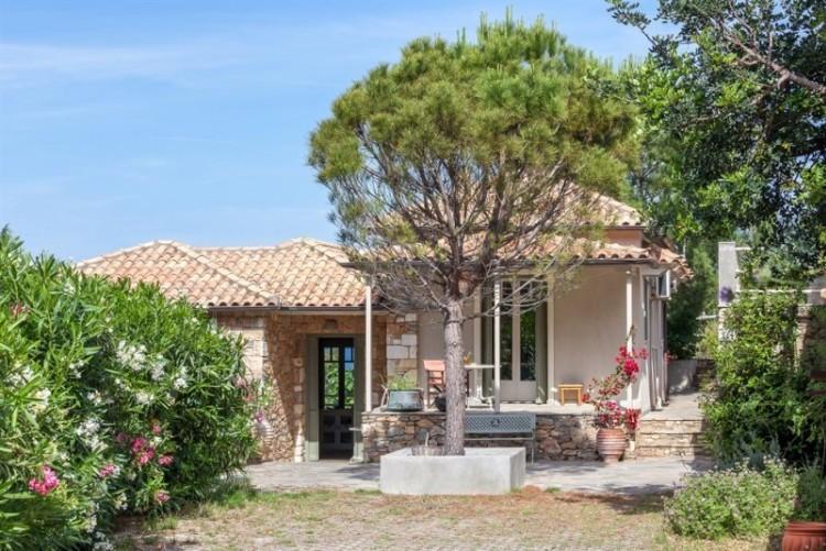 Votre maison privée à Alonissos l'île la plus protégée des Sporades en Grèce