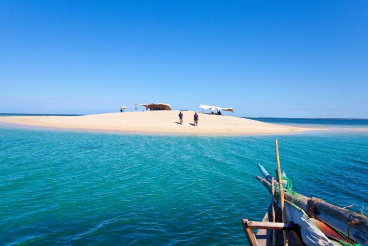 Banc de sable dans les Quirimbas lors de votre croisière en dhow en voyae au Mozambique