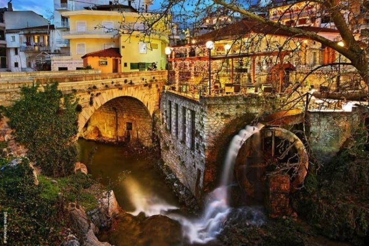 Le joli village typique de Livadia à 20 minutes d'Arachova  (crédit photo Aegli Hotel Arachova)
