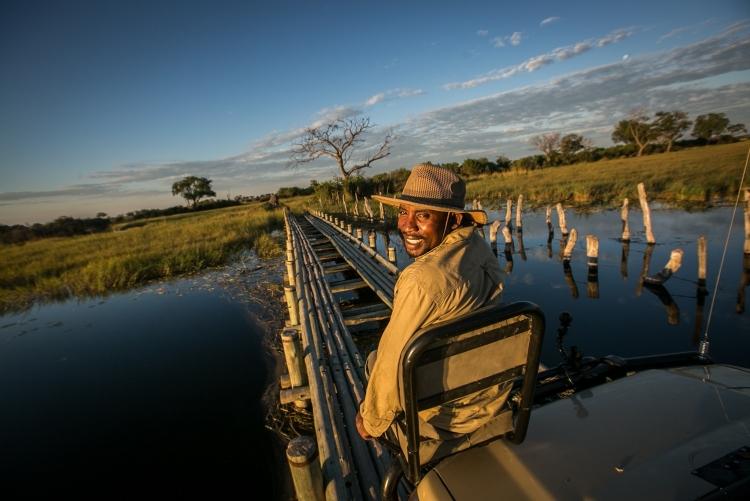 Safaris en 4x4 à Bushman Plainscamp au delta de l'Okavango